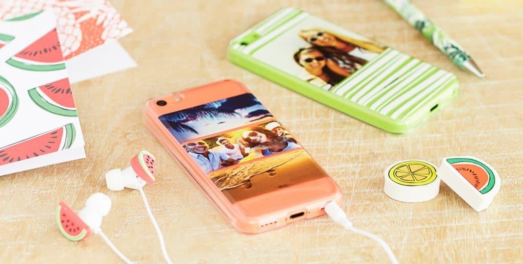 iPhone tendances avec écouteurs kawai